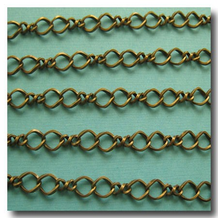 Antique Brass Twisted Figure Eight Chain